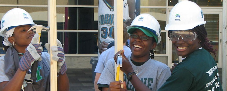 Image: Volunteering. Photo by Tulane Public Relations