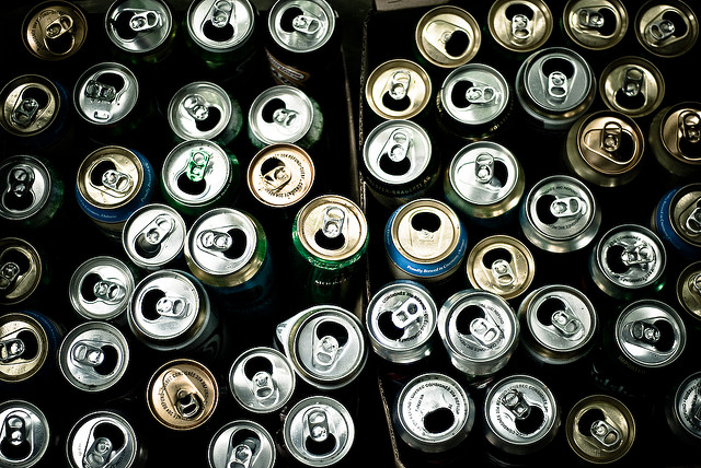 Image: Empty cans