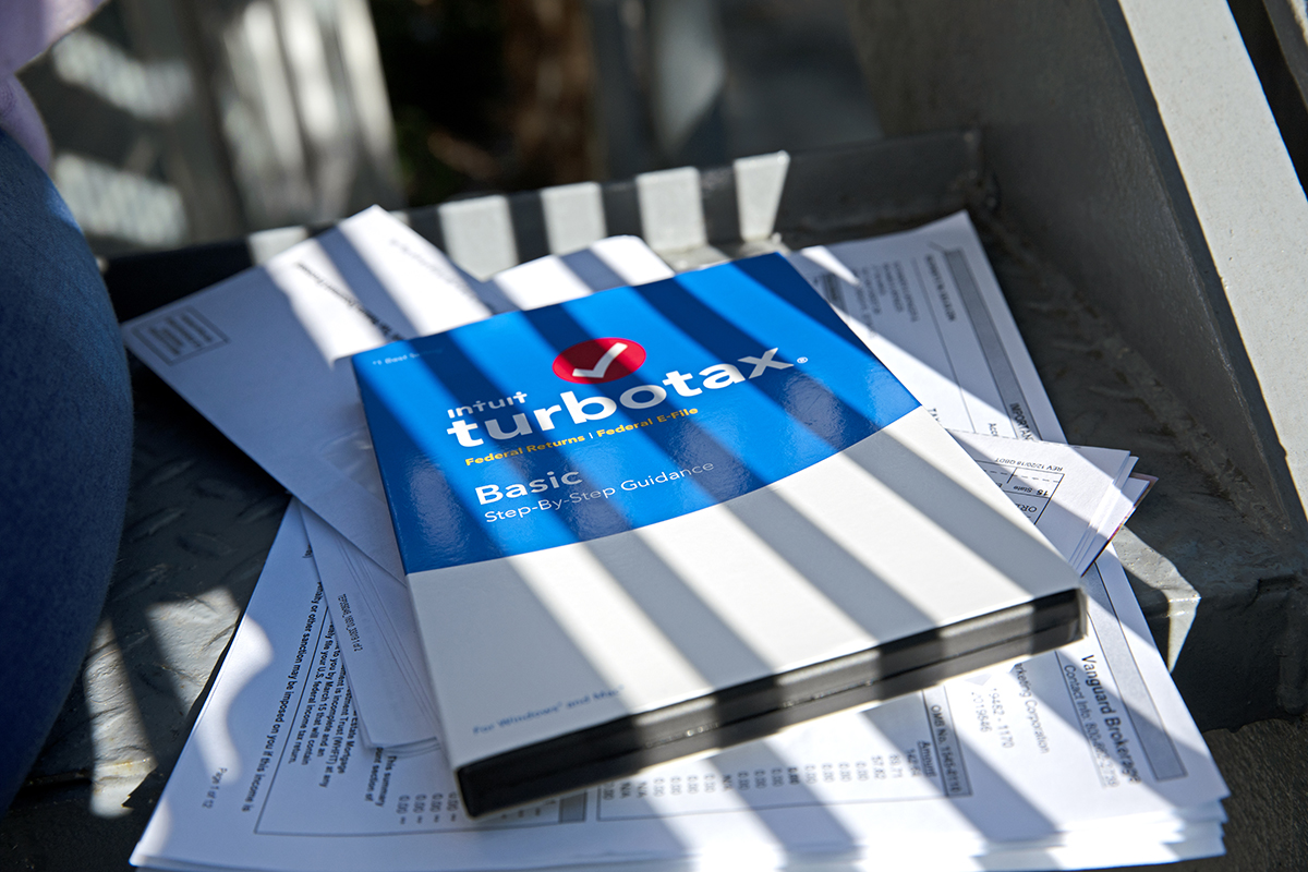 TurboTax Review 2019: Is This the Right Tax Software for You?