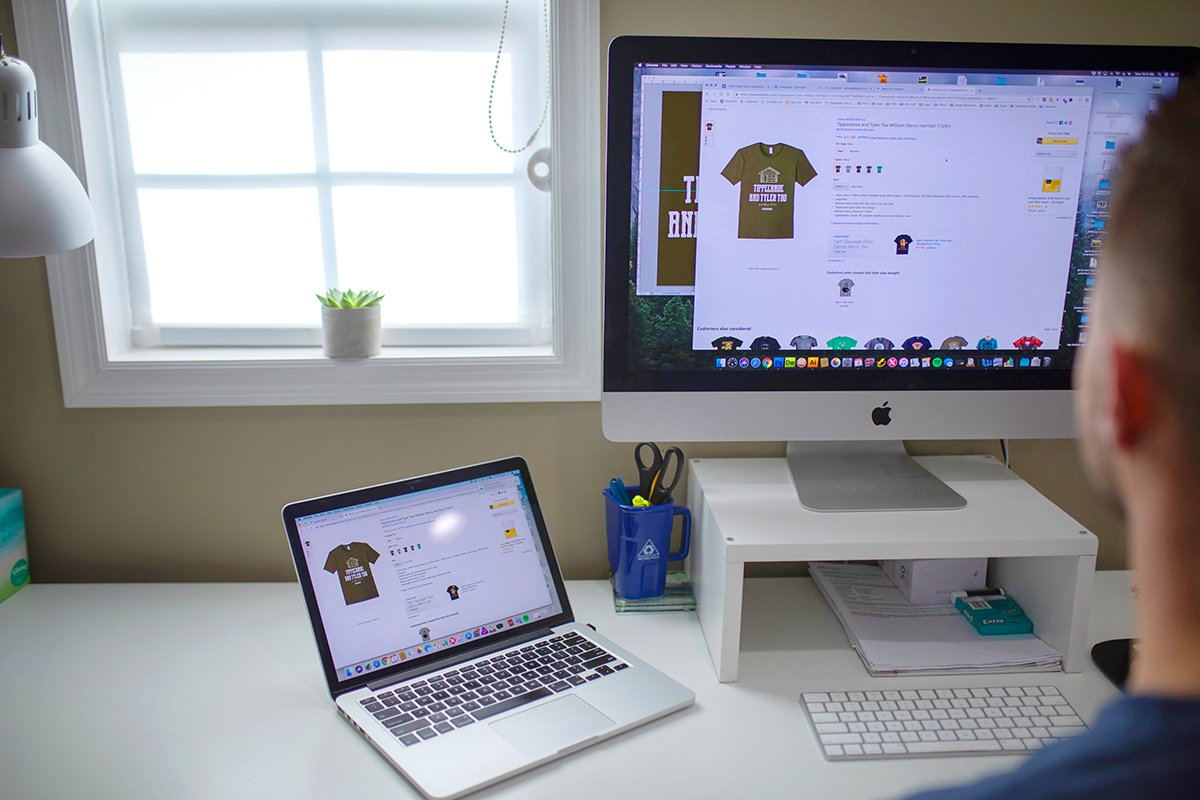 Got an Idea for a T-Shirt? Here's How to Earn Money From It on the Side